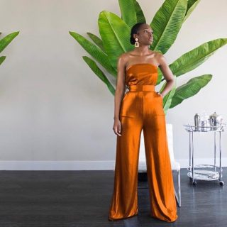 Always a fav 💫  📸: @hanifaofficial  #hanifa #fashiondesigner #fashionsketch #coord  #fashionshow#modelling#fashionshow#blackfashionblogger#frontrowtiktok #runwayshow #catwalkmodel #blackmodels #melaninmodel #runwayfashion #runwayfashionshow